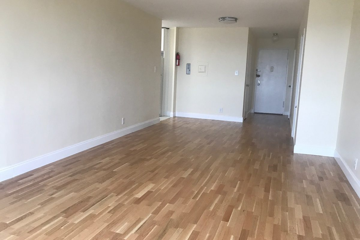 One Bedroom Near PATH