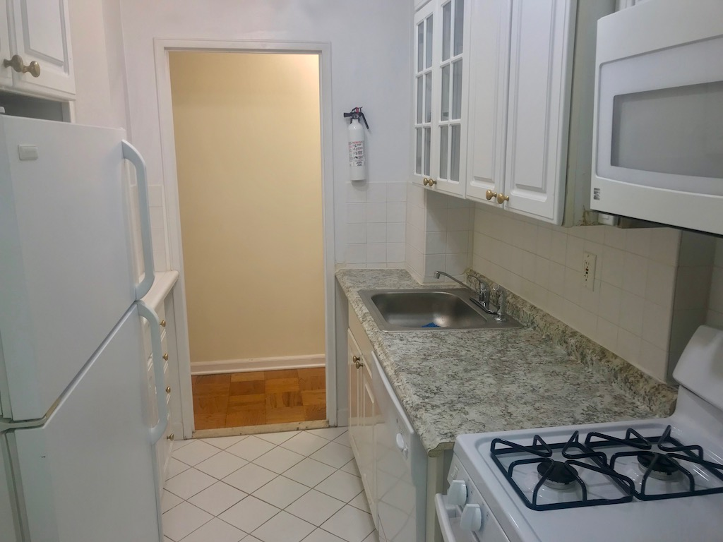 Large One  Bedroom Near PATH Station Ready for Occupancy.
