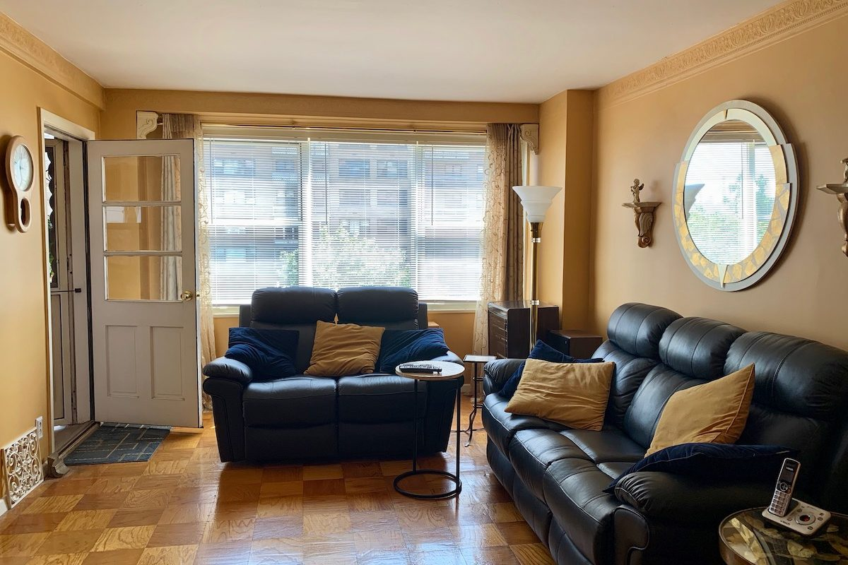 One Bedroom Condominium with Enclosed Terrace Near PATH Station.
